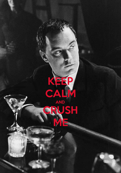 Poster: KEEP CALM AND CRUSH ME