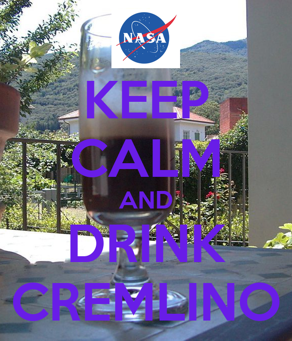 KEEP CALM AND DRINK CREMLINO