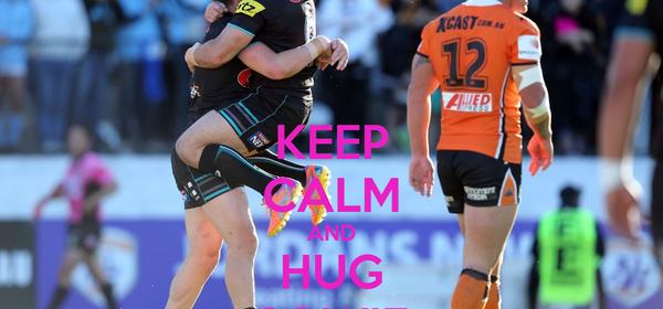 KEEP CALM AND HUG SOWIE