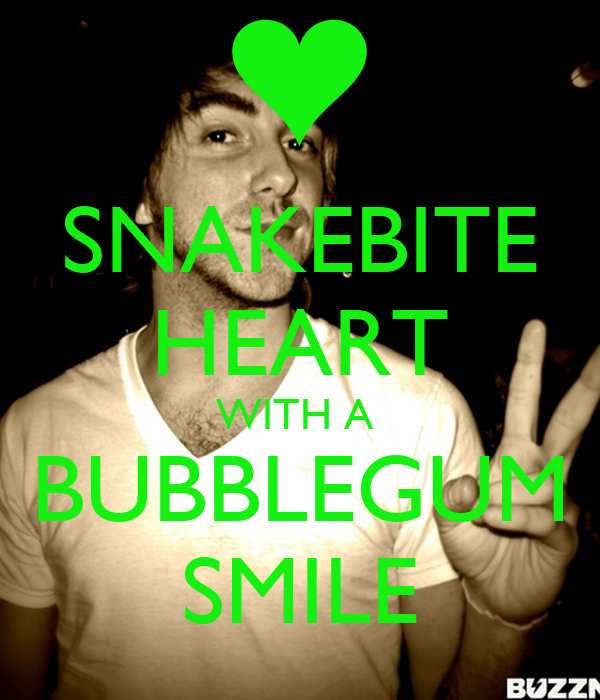 SNAKEBITE HEART WITH A  BUBBLEGUM SMILE